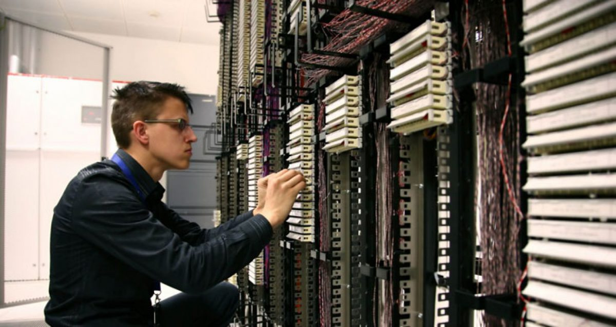 Speed and Reliability are Key When Choosing an Web Hosting Solution